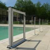 barriere de piscine verre hotel