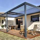 Pergola Bioclimatique: version protection solaire seule