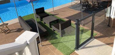 Barrière de piscine pour la sécurité des enfants
