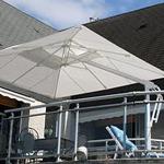 Parasol déporté decor d'honfleur